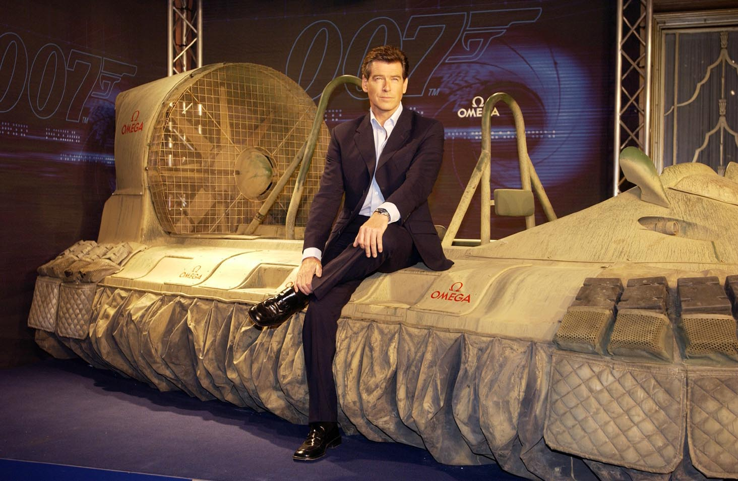 "Soon arrive the original Hovercraft from ""Die Another Day"" 2002 with Pierre Brosnan as James Bond Agent 007."